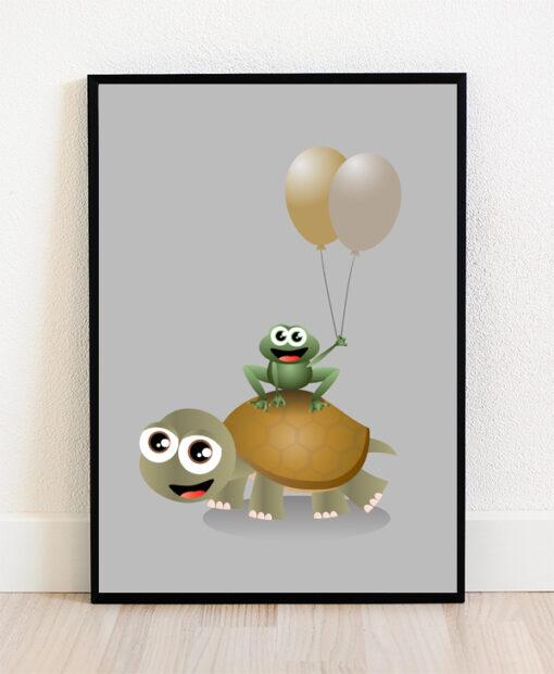 Plakat i ramme med illustration af en skildpadde og en frø